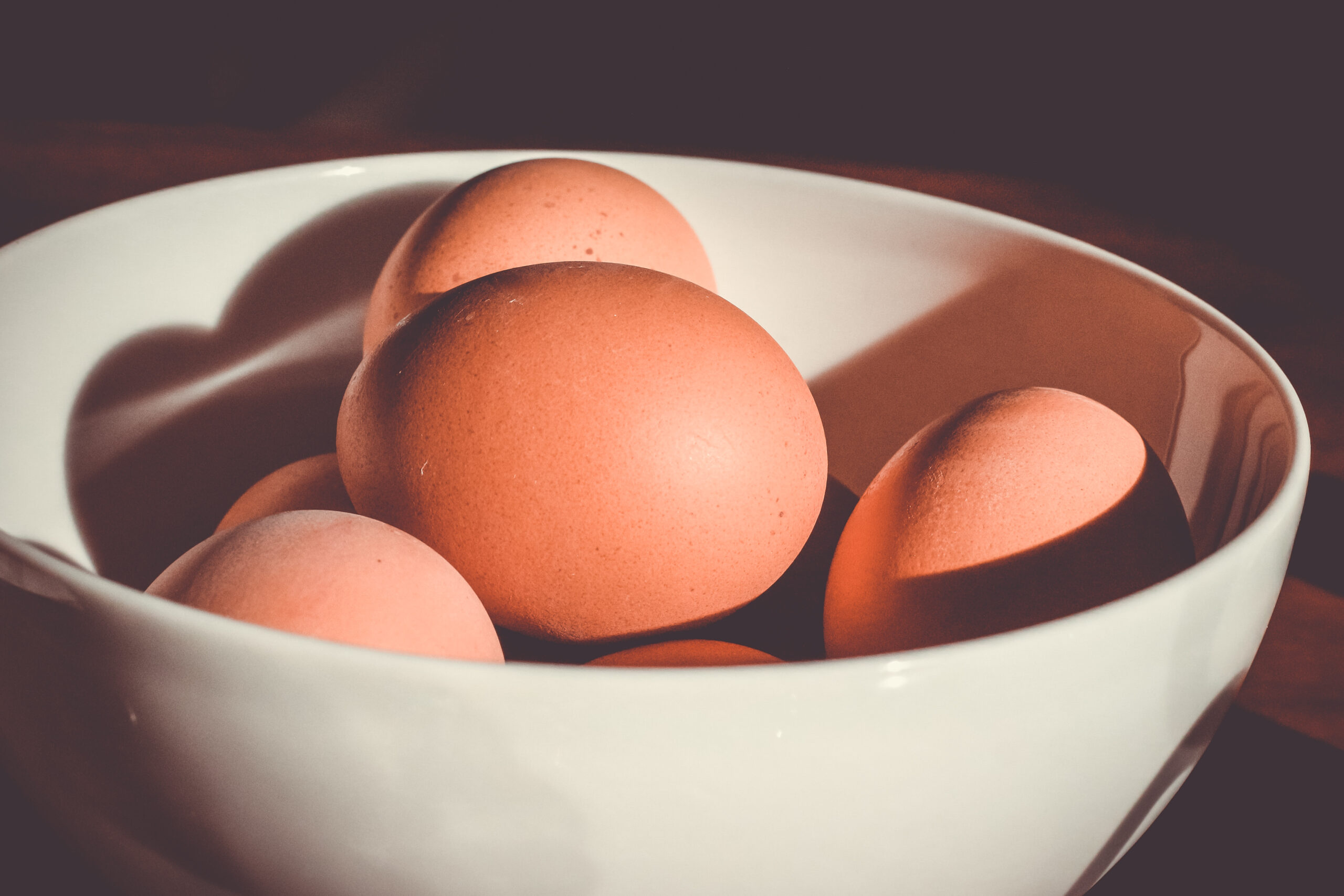 A diet high in Cholesterol is Not That Bad; May Simpkin Nutrition discusses the simple measure to lower cholesterol naturally