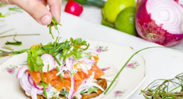 4 easy steps to eat a healthier breakfast