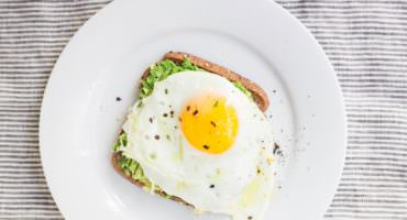 What is the best oil for cooking fried eggs? May Simpkin Nutrition discusses