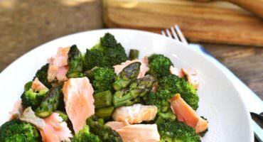 Asparagus and Broccoli Salmon salad