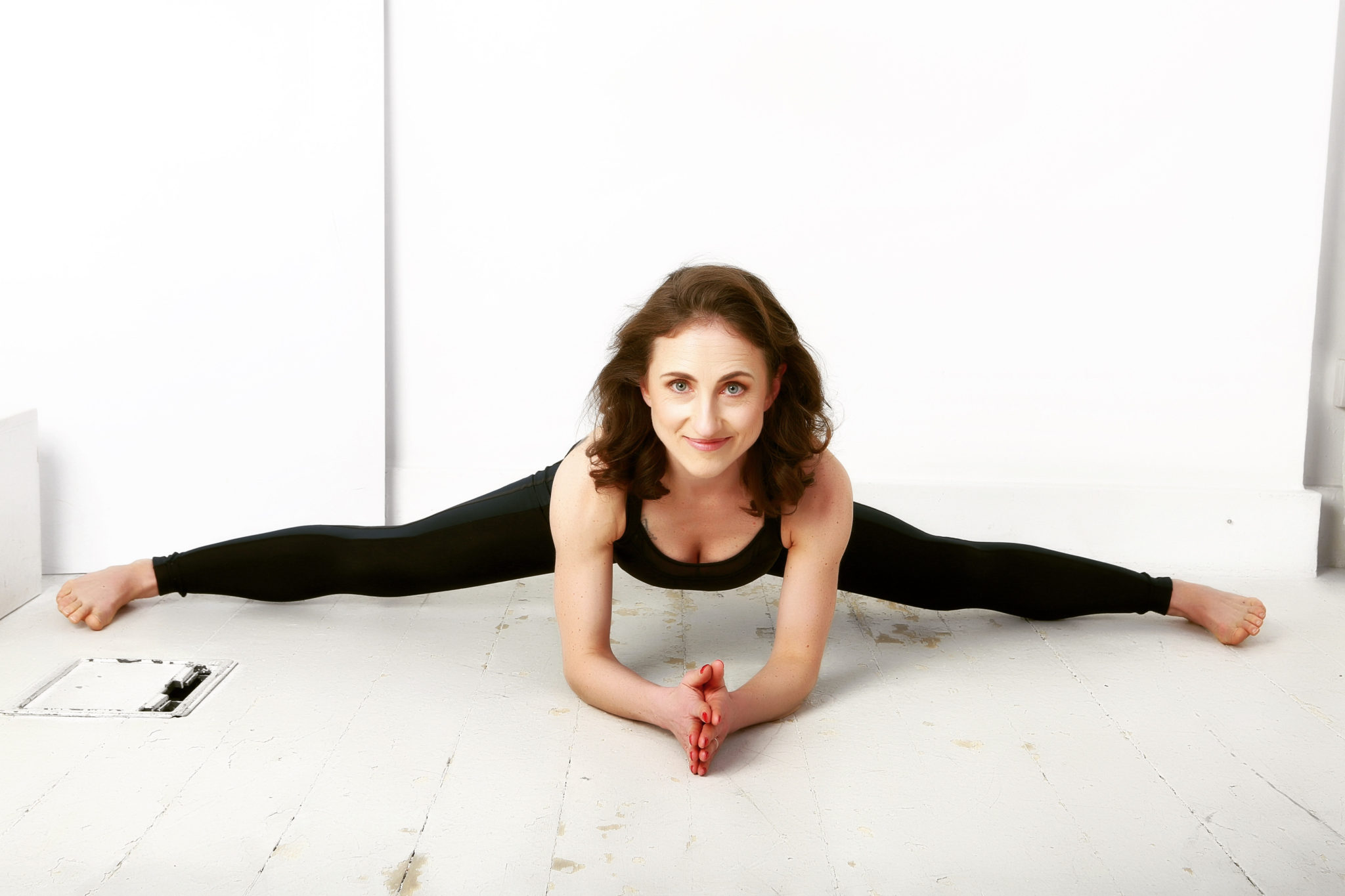 Yoga with Giovina in The New Healthy with May Simpkin