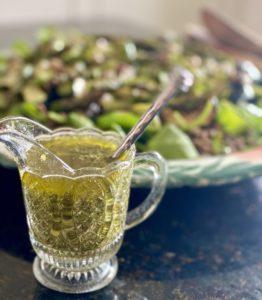 Lentil salad with pesto dressing